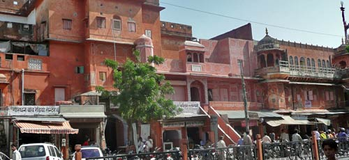 Why Is Jaipur the Pink City?